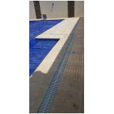 grelha para borda de piscina